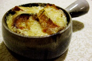 receta-supe-franceze-qepe-onion-french-recipe-free-photo