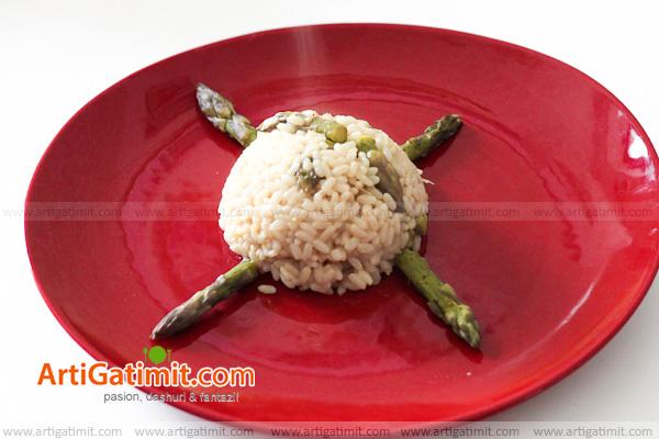 oriz-risoto-receta-gatimi-italiane-ricette-cucina-ashparag-red-plate