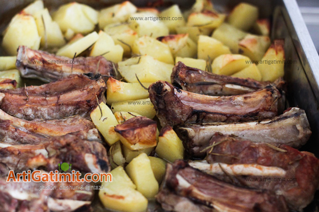 receta_gatimi-furre-mish-patate-food-meat-artigatimit